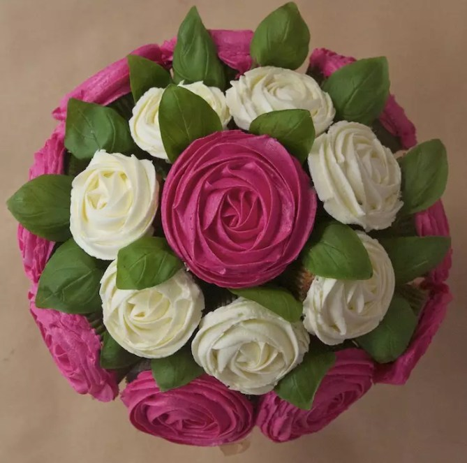bouquet-cupcakes-rose