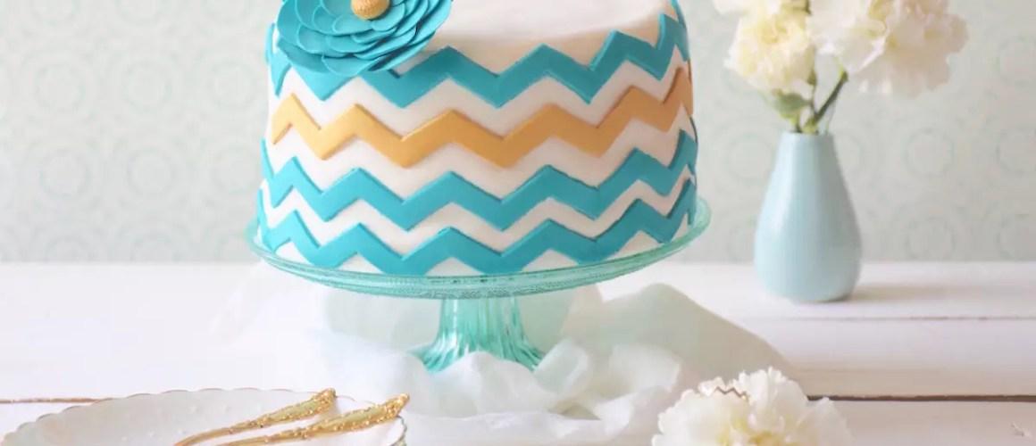 Un bague, un gâteau – Gâteau chevrons Miami