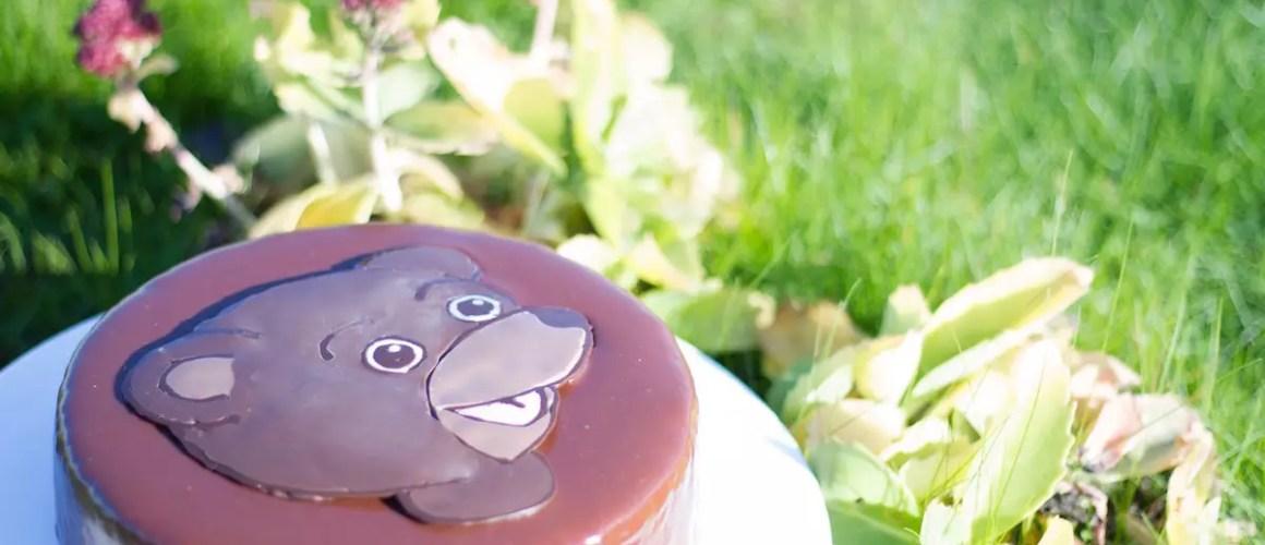 """La technique du """"window color"""" – Gâteau Petit ours brun"""
