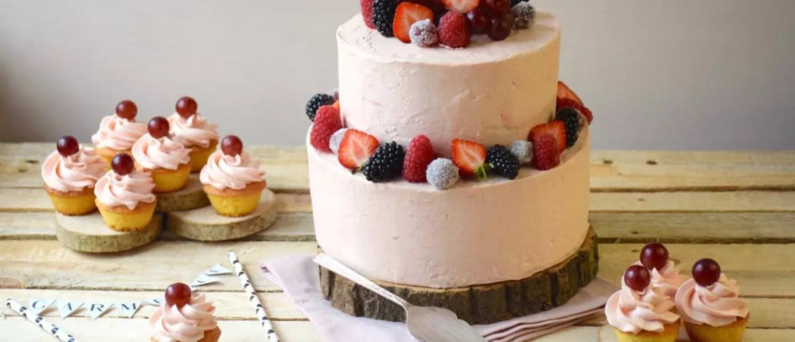 Comme un bon cru – Gâteau vanille & glaçage rhubarbe