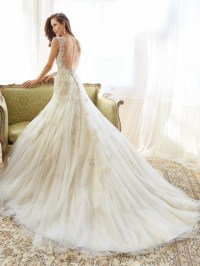 Fascinating Wedding Gowns by Sophia Tolli's Spring 2015 ...