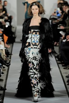 Oscar de la Renta Fall 2012 | New York Fashion Week