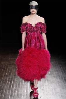 Alexander McQueen Fall 2012 | Paris Fashion Week
