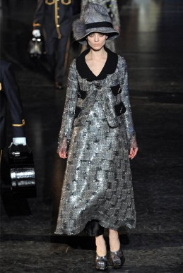 Louis Vuitton Fall 2012   Paris Fashion Week