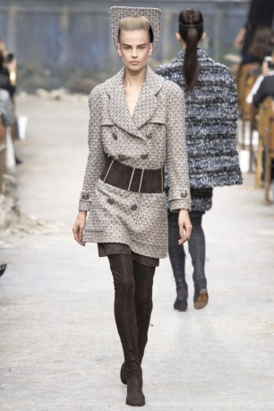 chanel-haute-couture-fall-12