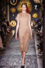 valentino-haute-couture-fall-34