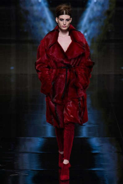 donna-karan-fall-winter-2014-show25