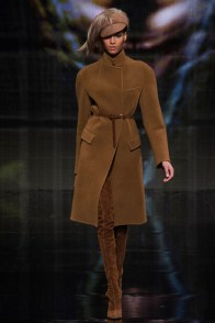 donna-karan-fall-winter-2014-show28