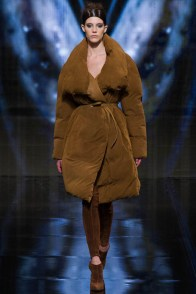 donna-karan-fall-winter-2014-show30