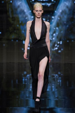 donna-karan-fall-winter-2014-show33