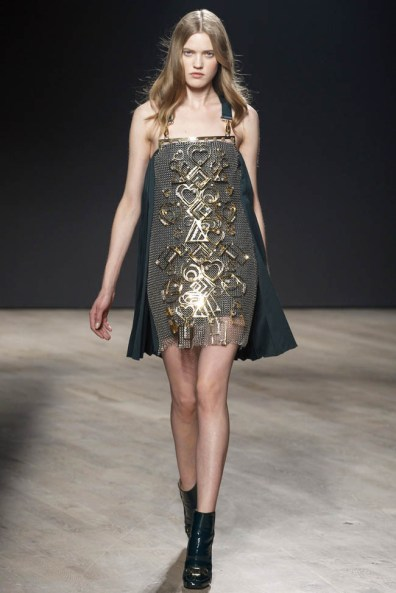 mary-katrantzou-fall-winter-2014-show25