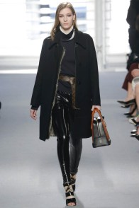 louis-vuitton-fall-winter-2014-show22
