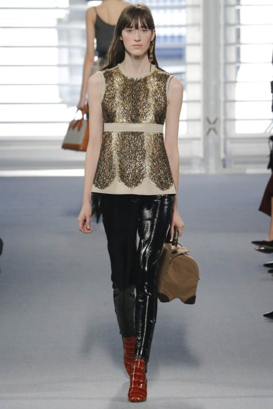louis-vuitton-fall-winter-2014-show38