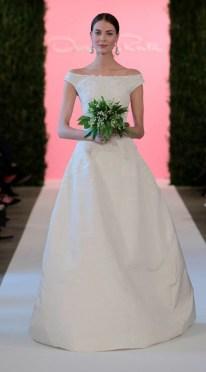 Oscar de la Renta Features Flower Girls, Lace at Bridal Spring 2015 Show
