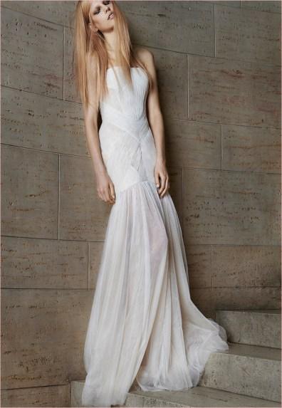 vera-wang-bridal-spring-2015-dresses21