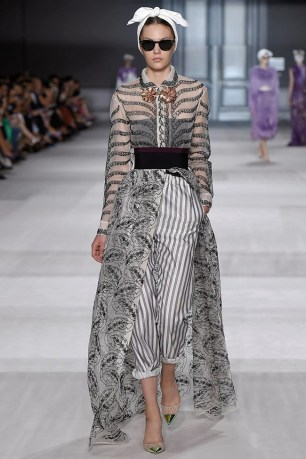 giambattista-valli-fall-2014-haute-couture-show26