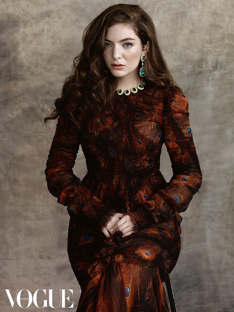 Gucci Wallpaper Iphone 6 Lorde Is Sitting Pretty For Her First Vogue Australia
