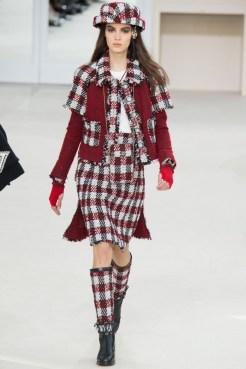 Chanel-2016-Fall-Winter-Runway24