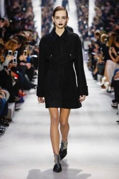 Dior-2016-Fall-Winter-Runway02