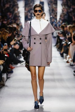 Dior-2016-Fall-Winter-Runway28