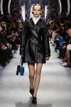 Dior-2016-Fall-Winter-Runway41