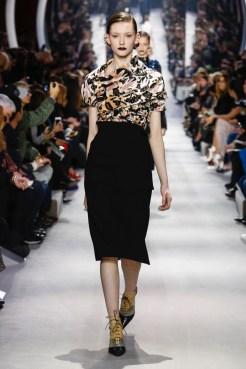 Dior-2016-Fall-Winter-Runway47