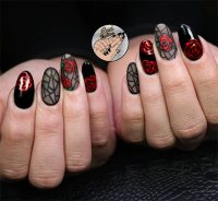 50 Awe-Inspiring Halloween Nail Art Designs | Fashionisers