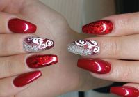 Red Nail Art: Give Your Talons That Red Magic!