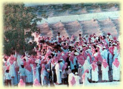 ibn-uthaymeen-uthaymeenfuneral12012001_6