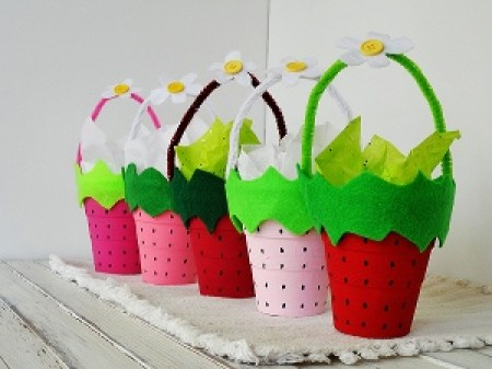 Strawberry Mini Baskets