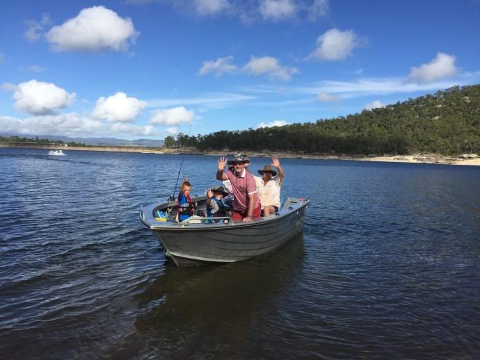 Fishin crew