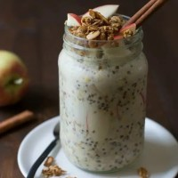 Easy Apple Crisp Overnight Oats