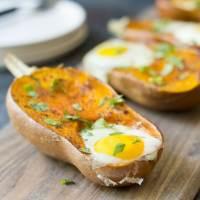 Easy Paleo Baked Eggs in Honeynut Squash
