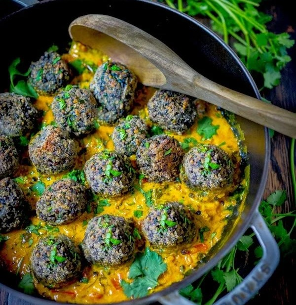 Lentil Meatballs with Indian Fenugreek Sauce | www.feastingathome.com