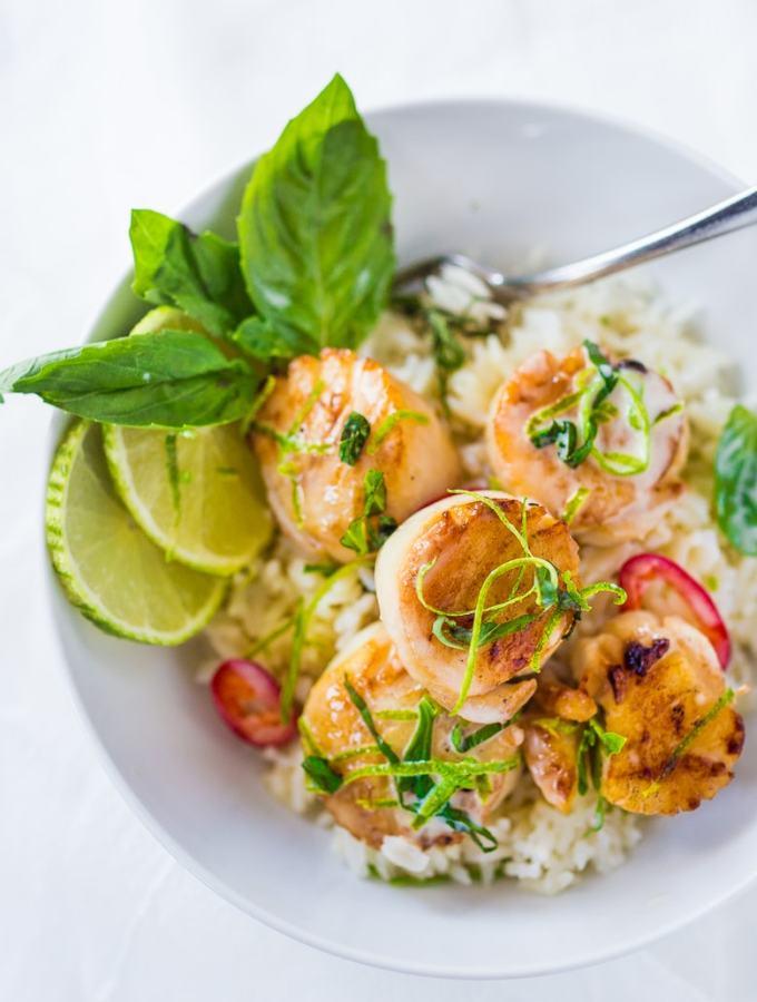 Seared Scallops with lemongrass coconut sauce | www.feastingathome.com