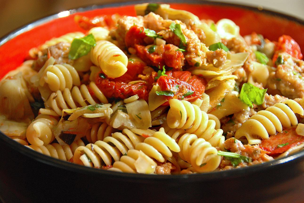 Fusilli pasta with artichokes recipe