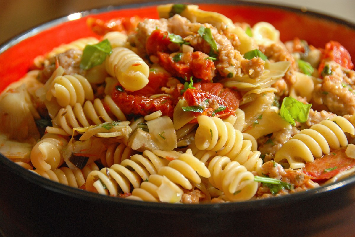 Fusilli with Sausage, Artichokes and Sun-Dried Tomatoes