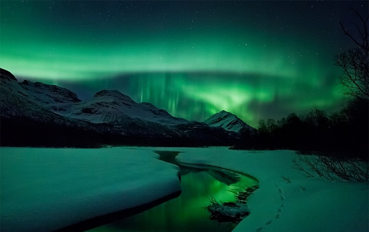 3d Moving Wallpapers City Lights Ole C Salomonsen Northern Lights Feather Of Me
