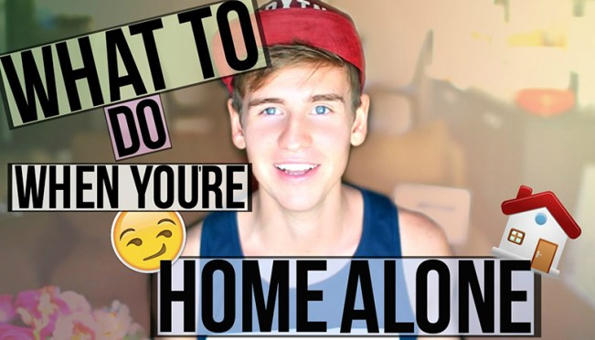 7 Weird But Common Things You Can Do When You Are Home Alone!
