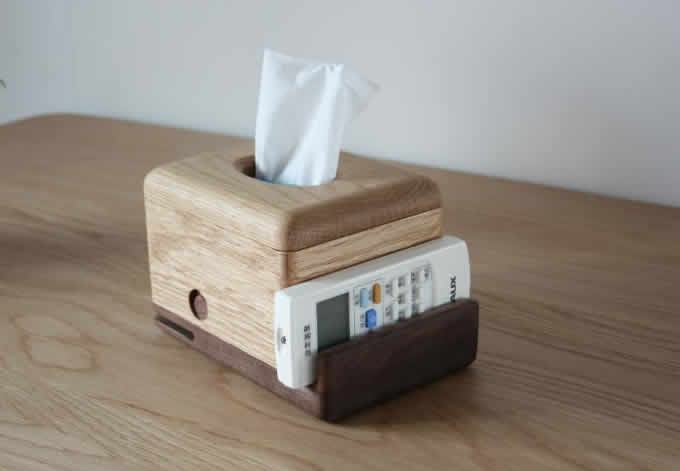 Wooden Whale Tissue Box Mobile Phone Display Stand Feelgift