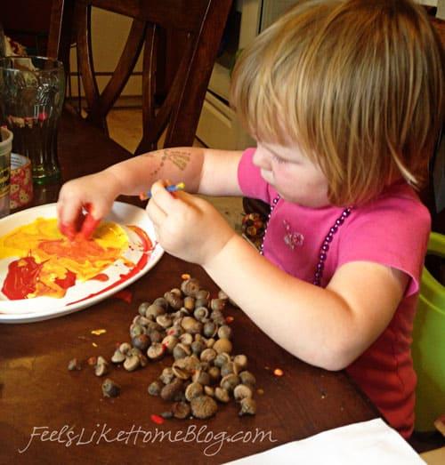 kids-painting-acorn-craft