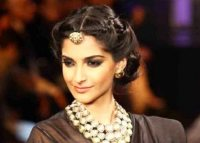 Indian Bridal Hairstyles for Wedding - Beauty and Fitness ...