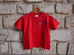 t-shirt-rouge