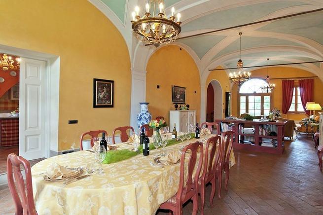 Villa Toskana 12 Personen San Ginese di Compito Ferienhaus Toskana - esszimmer 12 personen