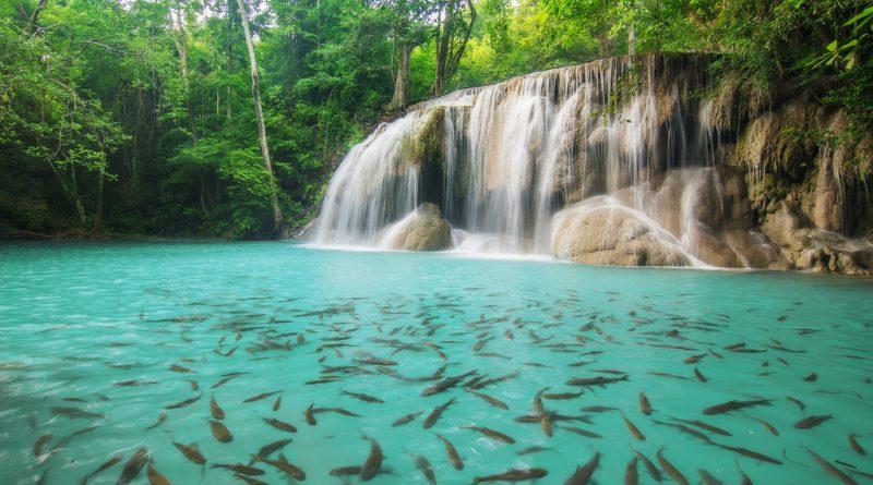 Fall And Winter Wallpaper 10 Most Beautiful Waterfalls Of South Korea Feyster
