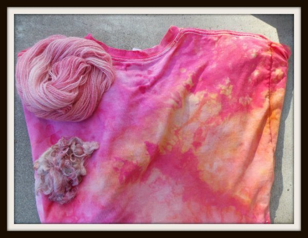 "<a href=""http://www.fiberartsy.com/wp-content/uploads/2014/01/snow-dye-finished-.jpg""><img class=""alignright size-medium wp-image-1665"" alt=""Dyeing Fiber with Snow, Fiberartsy.com"" src=""http://www.fiberartsy.com/wp-content/uploads/2014/01/snow-dye-finished--300x300.jpg"" width=""300"" height=""300"" /></a>"