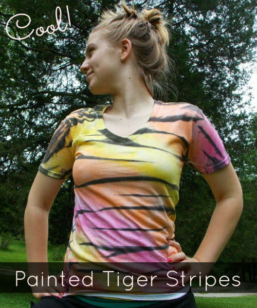 How to Paint Tiger Stripes on a T-Shirt, A FiberArtsy.com tutorial