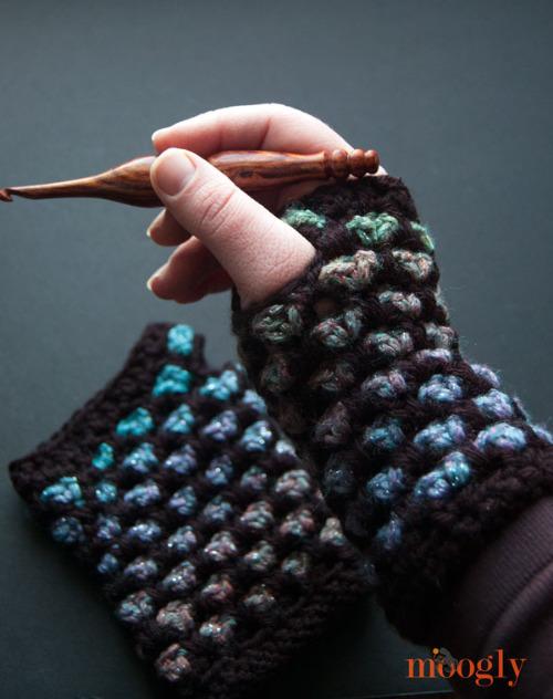 14 Free Fingerless Glove Patterns By Fiberartsy