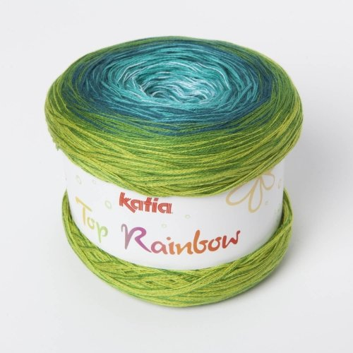 Gradient Dyed Skein of Yarn