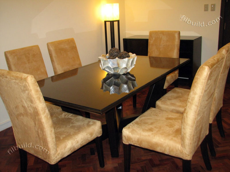 modern dining table wood